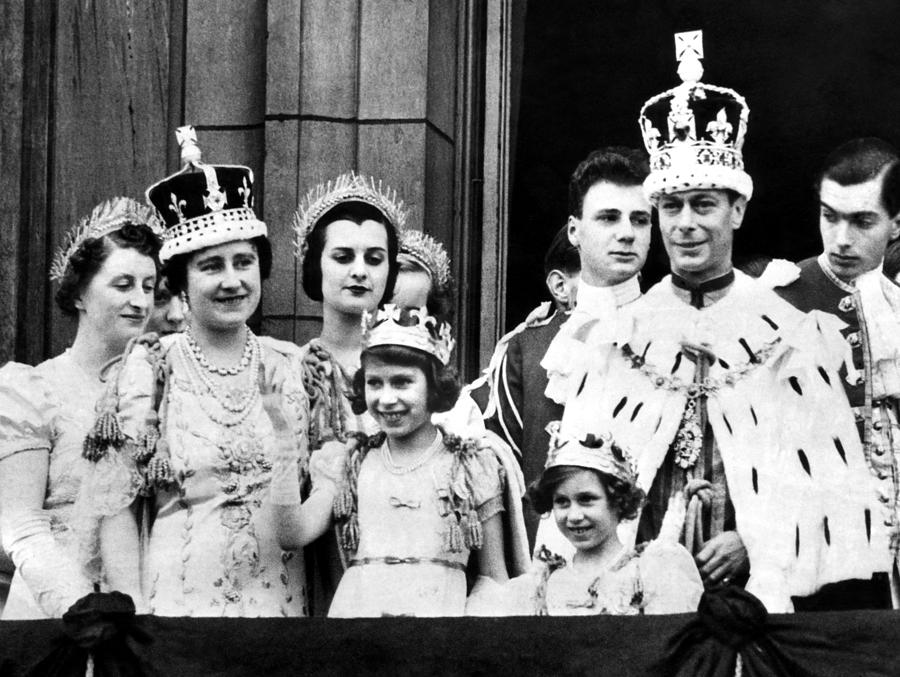After Coronation Ceremonies, The Royal Photograph  - After Coronation Ceremonies, The Royal Fine Art Print