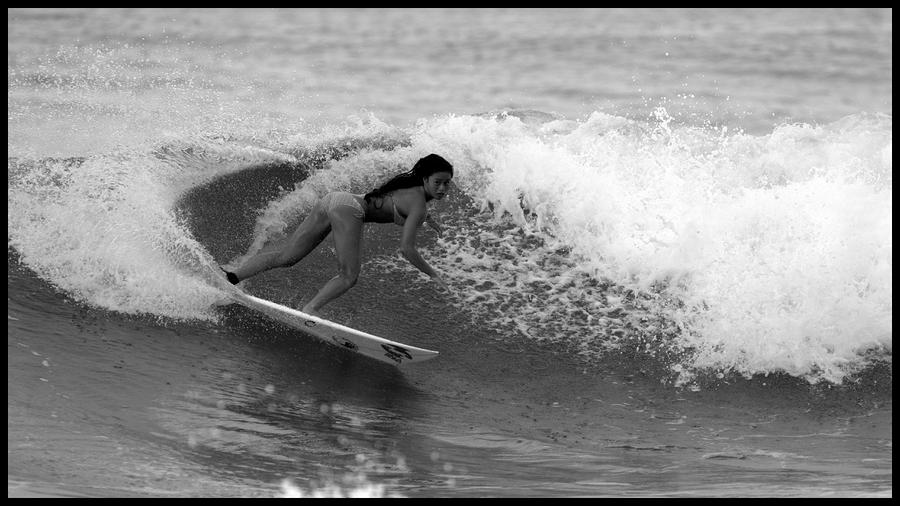 Alessa Quizon Cutback Photograph