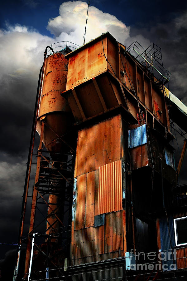 Alive And Well In America . The Old Concrete Plant In Berkeley California . 7d13967 Photograph