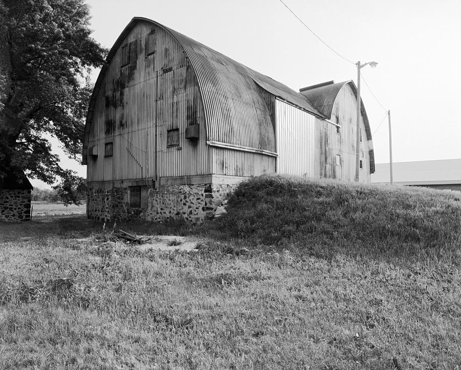 Aluminum Gotic Arch Barn Photograph