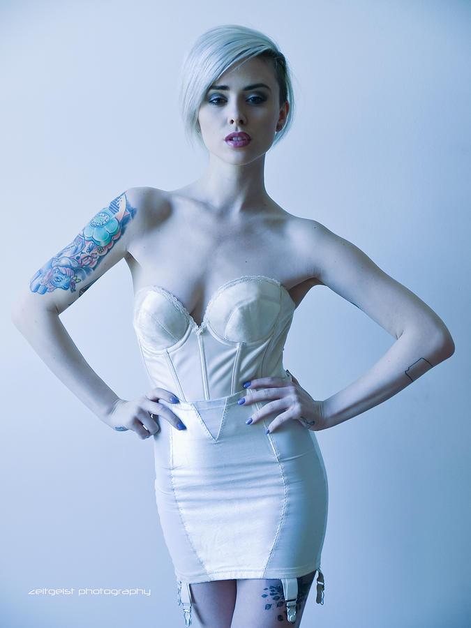 Alysha Nett Nude Photos 21