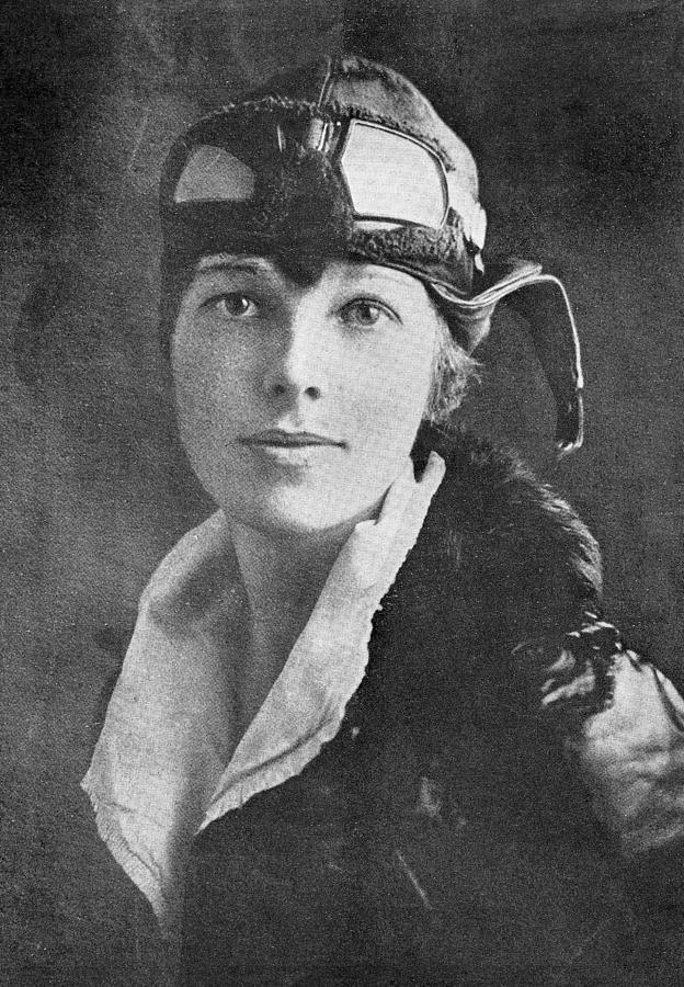 Amelia Earhart, Us Aviation Pioneer Photograph