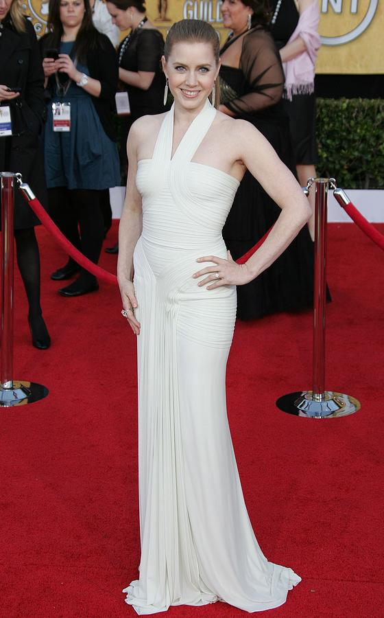 Amy Adams Photograph - Amy Adams Wearing A Herve Leroux Gown by Everett