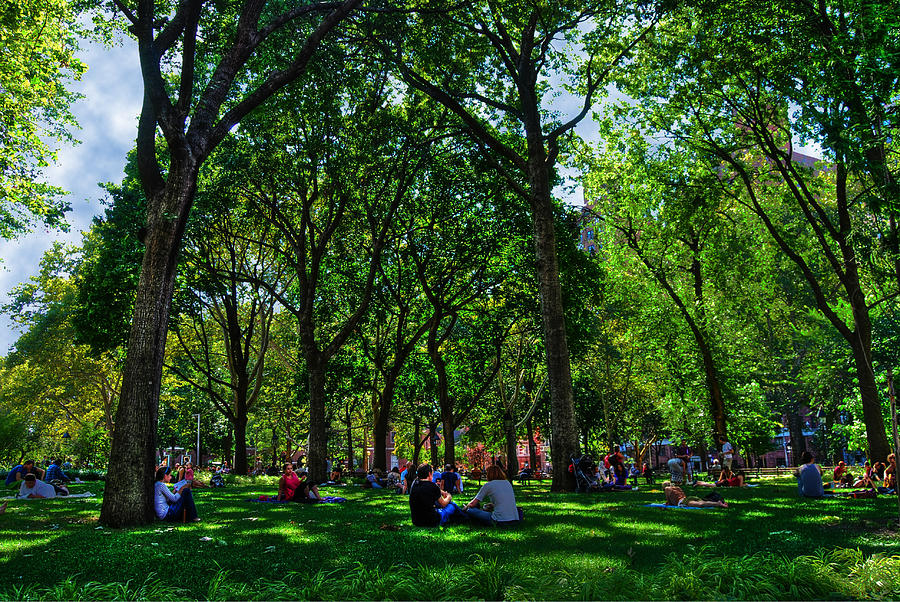 An Afternoon In Washington Square Park Digital Art  - An Afternoon In Washington Square Park Fine Art Print