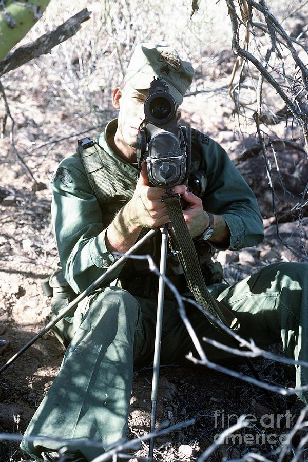 An Army Ranger Sets Up An Anpaq-1 Laser Photograph