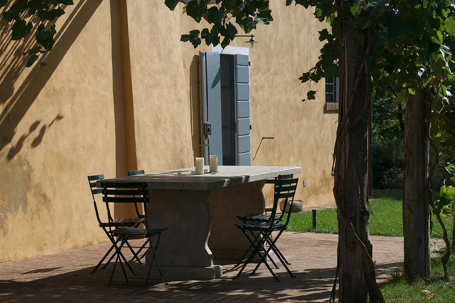 Montepulciano Photograph - An Empty Table Awaits Residents by Heather Perry