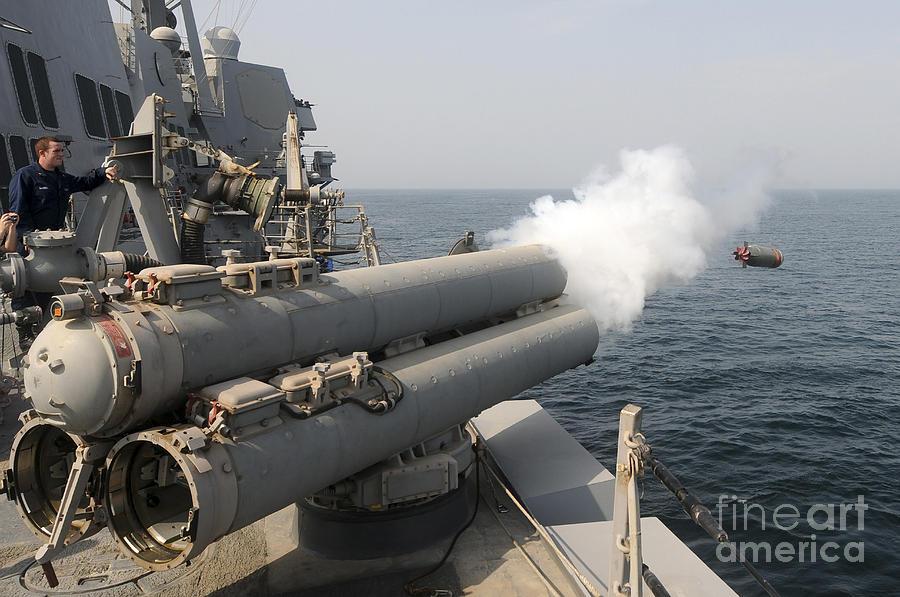 فرقاطة الجيل F 100 An-mk-46-recoverable-exercise-torpedo-stocktrek-images