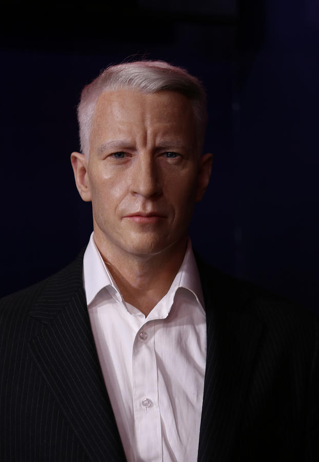 Anderson Hays Cooper - Cnn - Anchor - News Photograph
