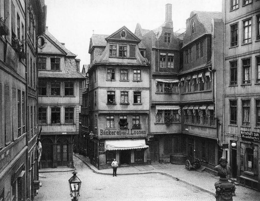 Anno 1900 Photograph