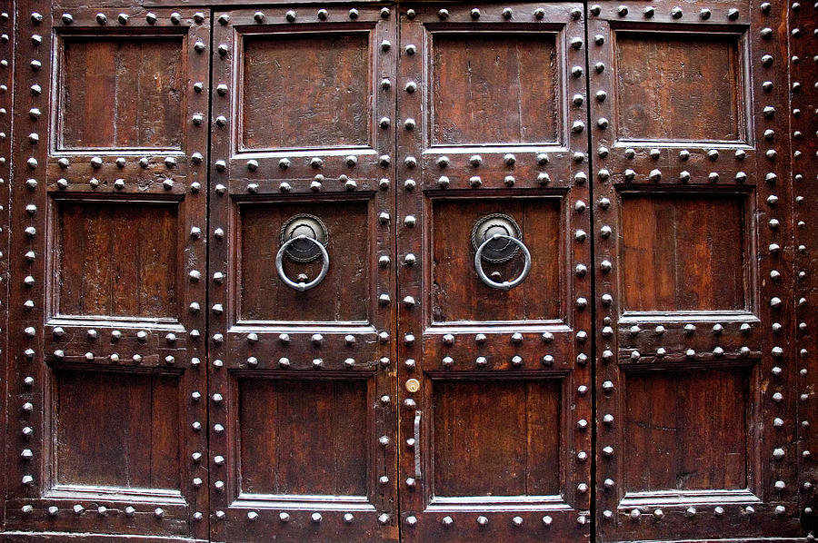 Antique wood door in florence photograph by giuseppe ceschi for Large wooden front doors
