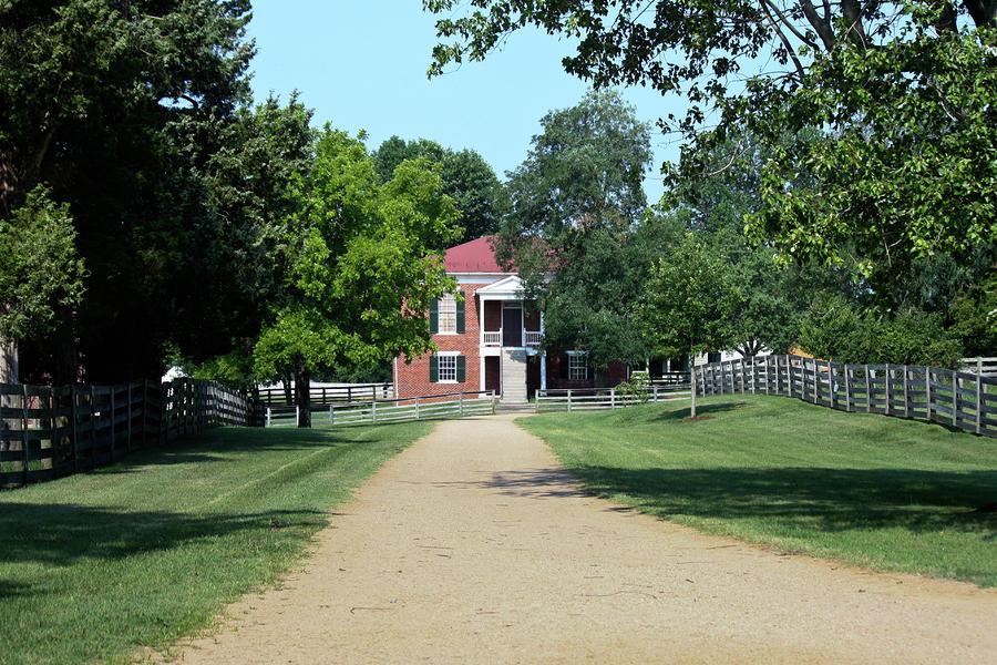 Appomattox Photograph - Appomattox County Court House 2 by Teresa Mucha