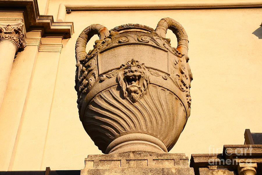 Architectural Detail . Large Urn With Lion Gargoyle  . Hearst Gym . Uc Berkeley . 7d10188 Photograph
