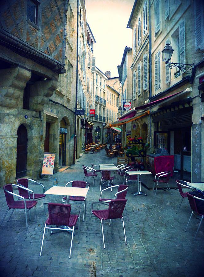 Auch- Rue Dessoles Photograph