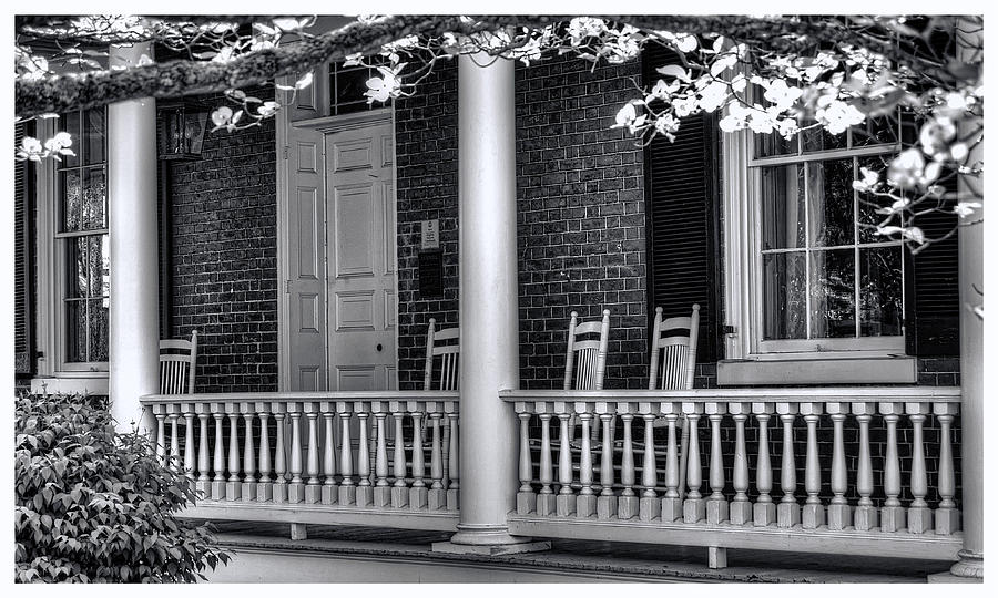 Avenel Porch - Bedford - Virginia Photograph