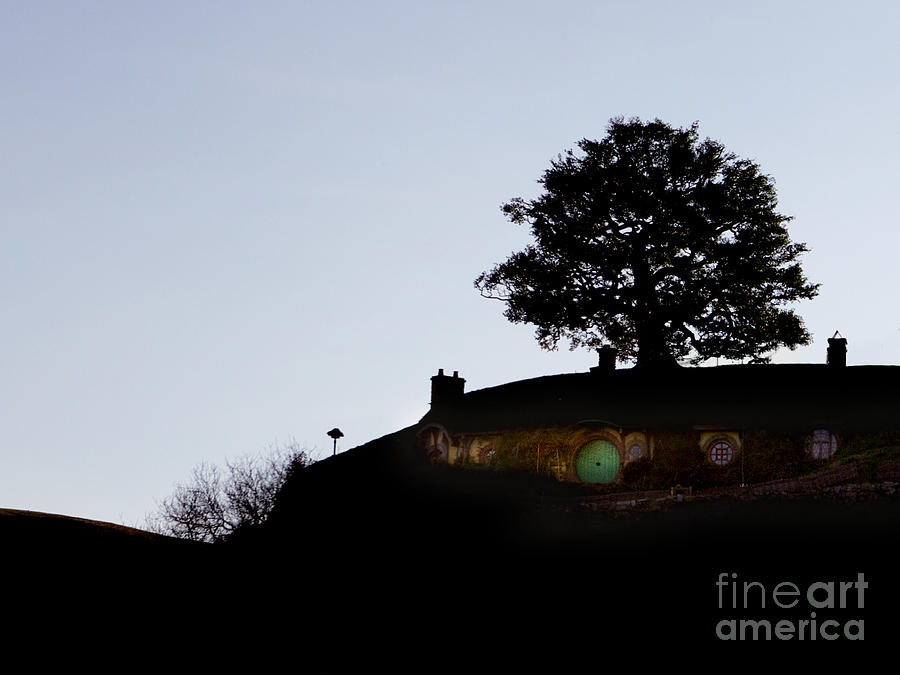 The Shire Photograph - Bagend Dusk by Linde Townsend