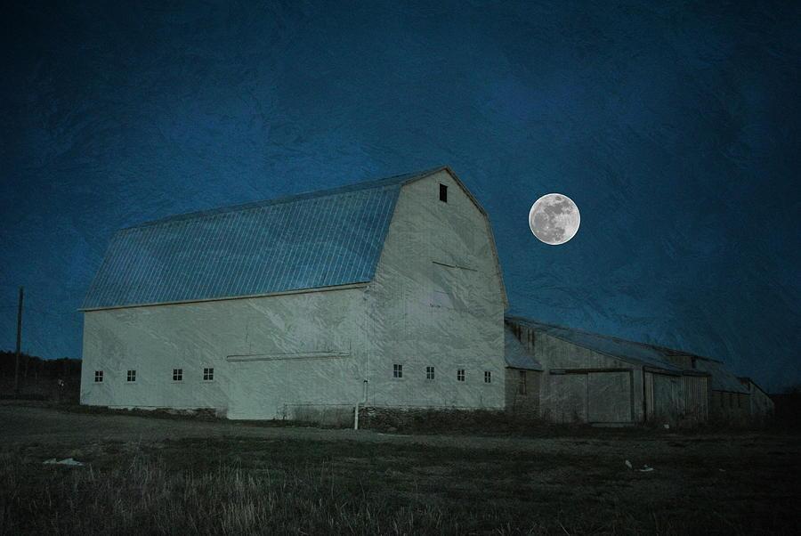 Barn Photograph - Barn Shine by Emily Stauring