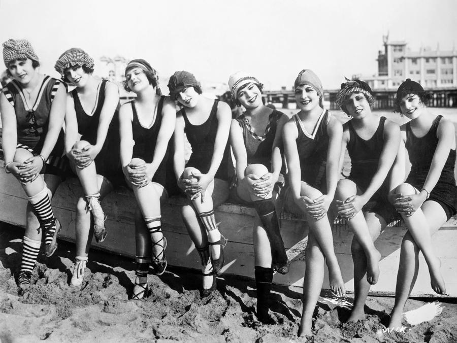 Bathing Beauties, 1916 Photograph  - Bathing Beauties, 1916 Fine Art Print