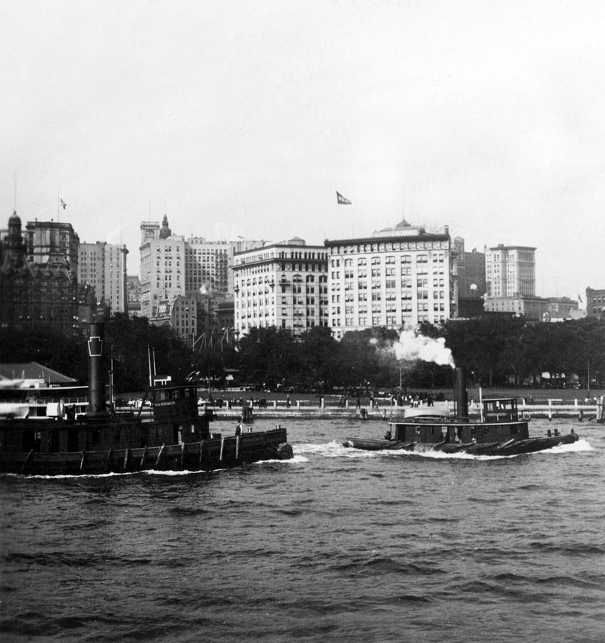 battery Park  Photograph - Battery Park And Lower Manhattan New York City - C 1904 by International  Images