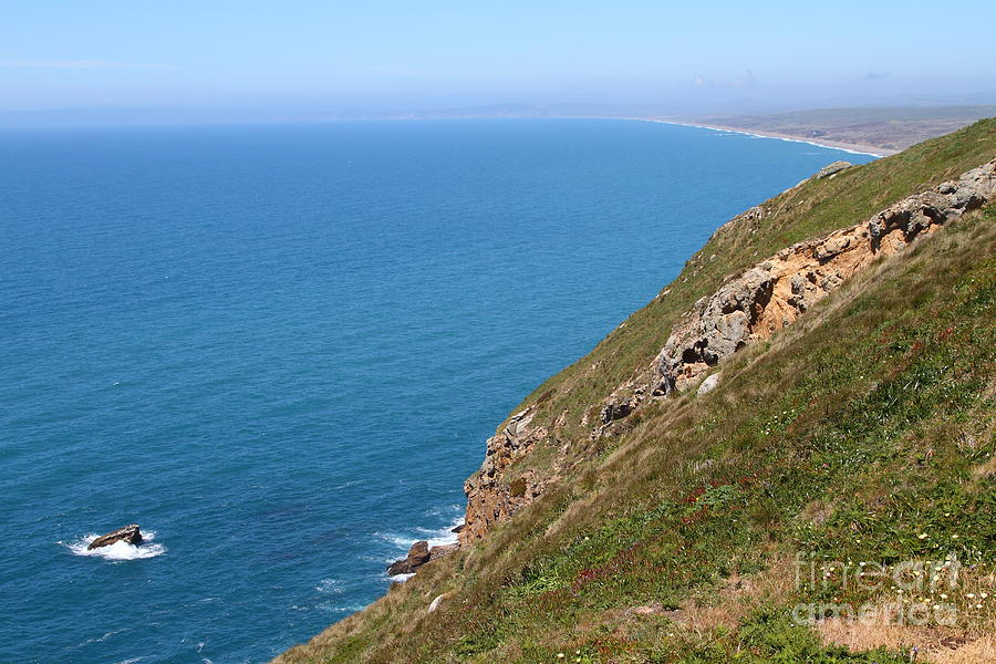Beautiful Coastline Of Point Reyes California . 7d16017 Photograph