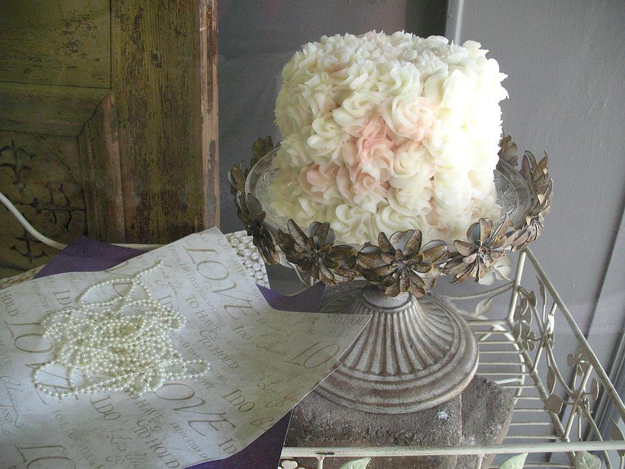 Wedding Cake Pedestals Charmed White Art Deco Vintage Lace Metal Cake