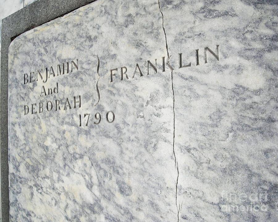 Benjamin Franklins Grave Photograph