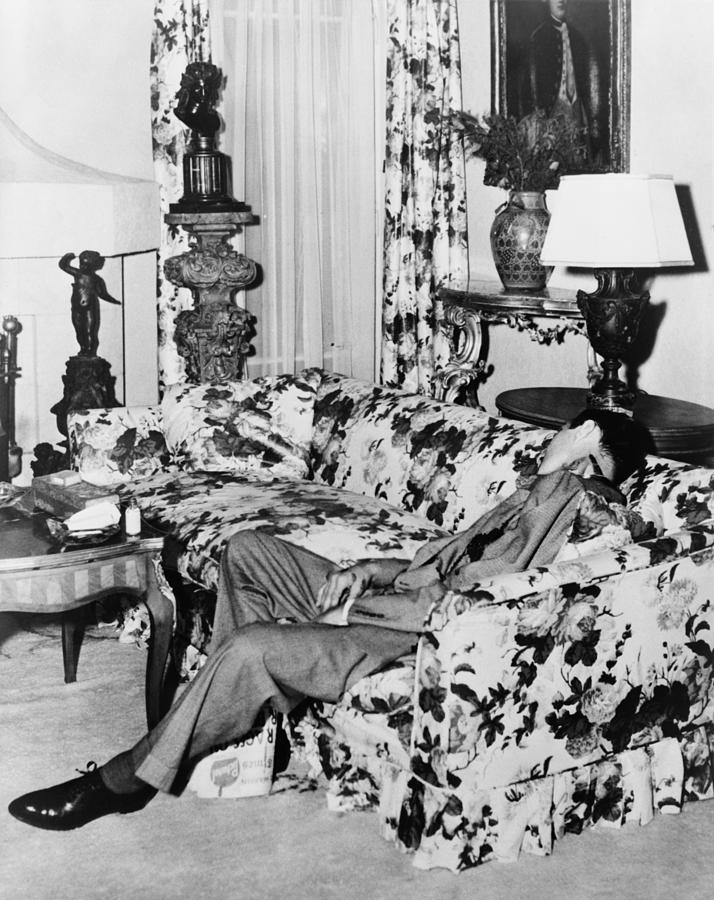 Benny Bugsy Siegel 1906-1947, Shot Dead Photograph