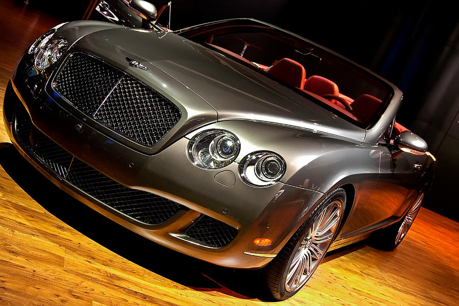Bentley Continental Gt Photograph