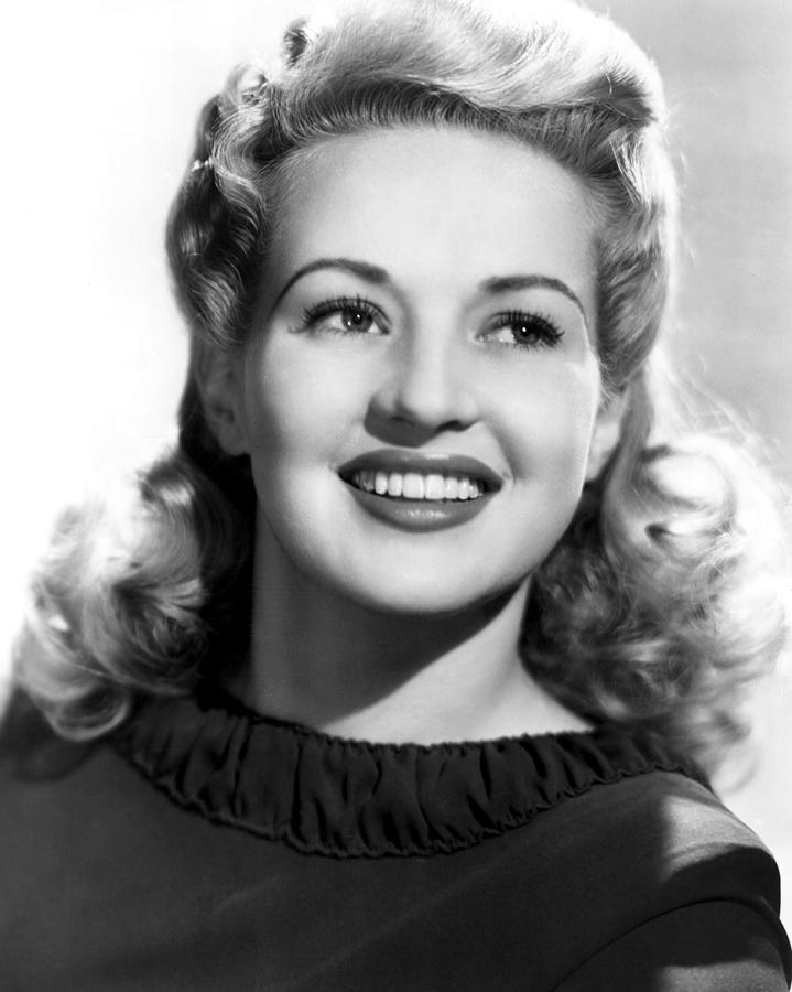 Betty Grable, 20th Century-fox, 1943 Photograph  - Betty Grable, 20th Century-fox, 1943 Fine Art Print