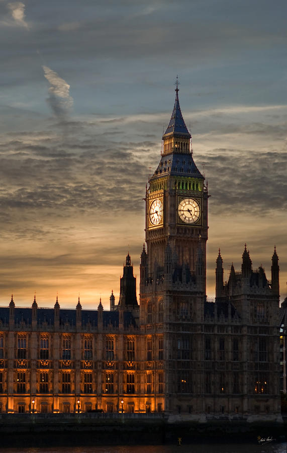 Big Ben At Dusk Photograph