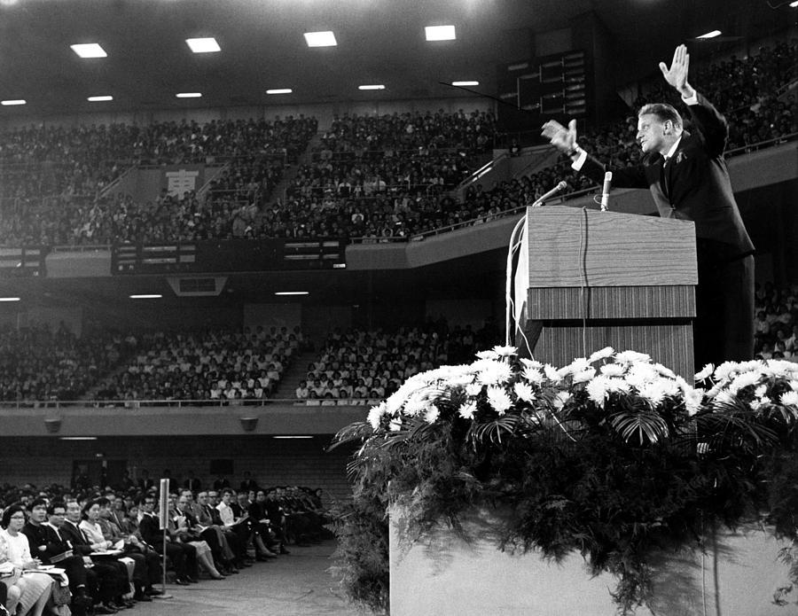 Billy Graham, Evange