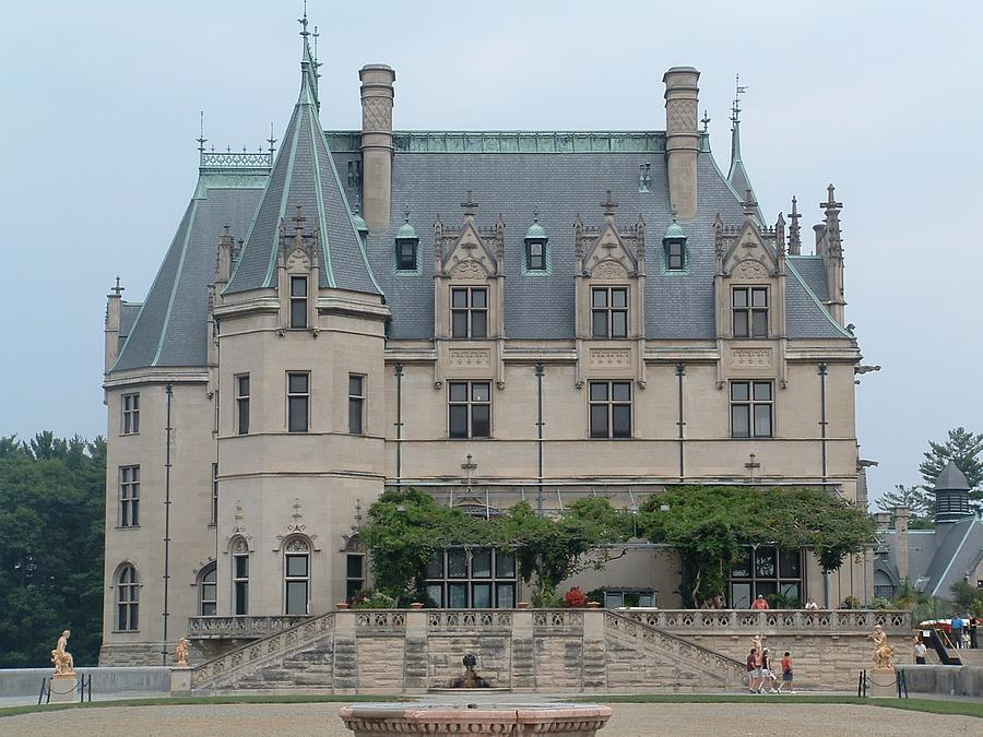 Biltmore Estate in Asheville, North Carolina, has captured the fascination of people everywhere for over years. Created in the s by George Washington Vanderbilt, a member of one of America's wealthiest families, the estate combined a room French Renaissance–style chateau with , acres of gardens, forests, and working farms.