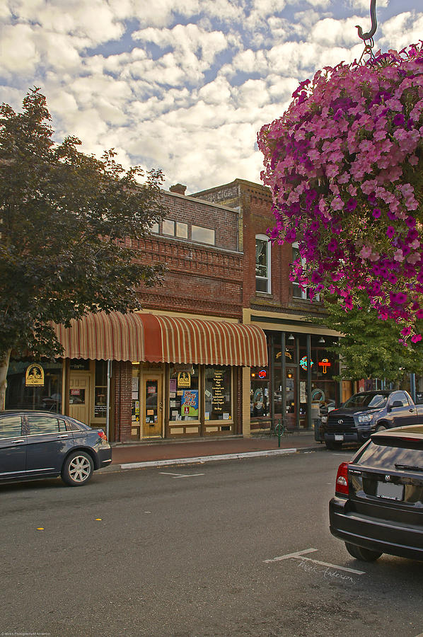 Blind Georges And Laughing Clam On G Street In Grants Pass Photograph  - Blind Georges And Laughing Clam On G Street In Grants Pass Fine Art Print