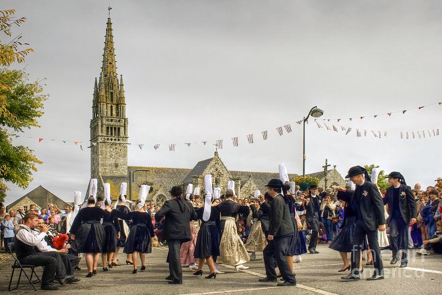 Fest Deiz Photograph - Breton Dancing by Sophie De Roumanie