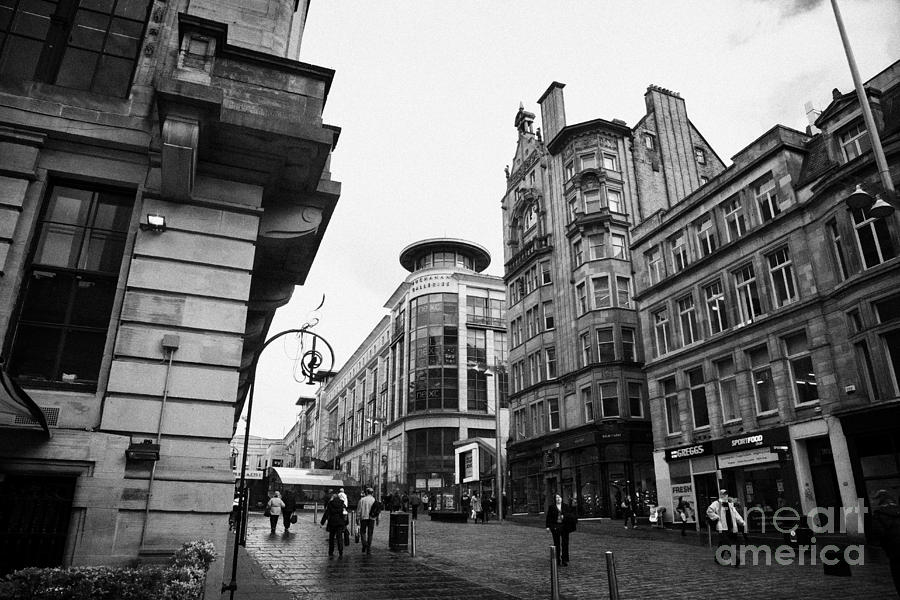 Buchanan Street Shopping Area On A Cold Wet Day In Glasgow Scotland Uk Photograph