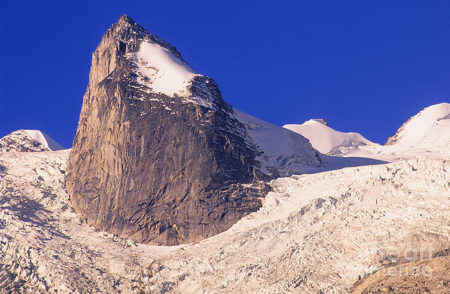 Bugabbos Photograph - Bugaboo Spire by Bob Christopher