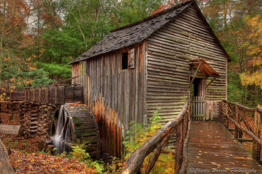 2010 Photograph - Cable Mill by Charles Warren