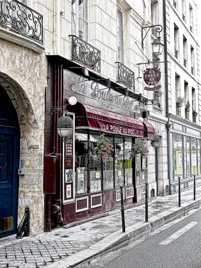 Cafe In Paris Photograph