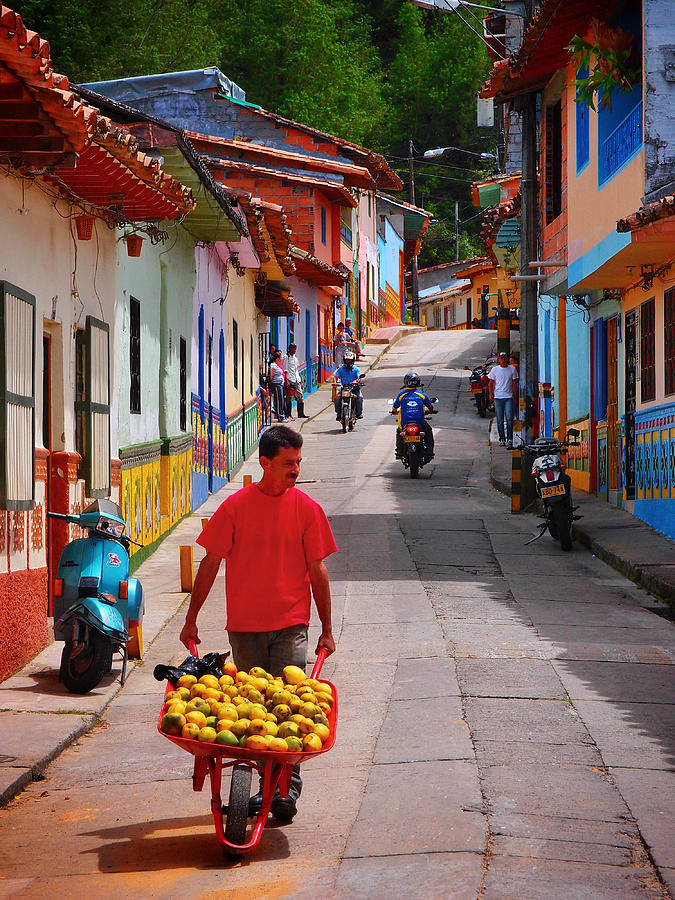 Calle Naranja Photograph