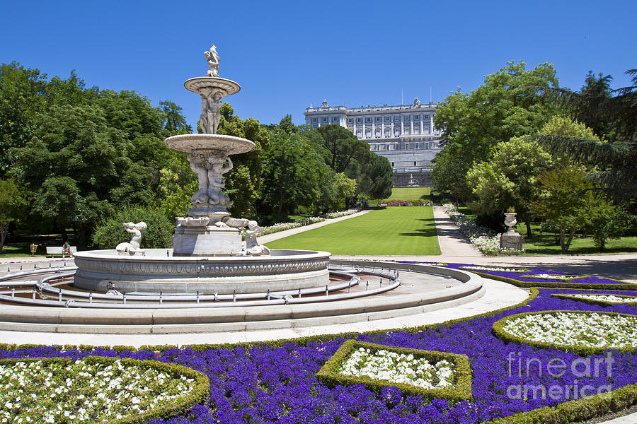 Campo del moro palacio real madrid jard n franc s for Jardines palacio real madrid