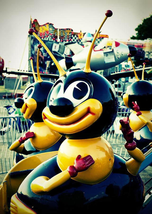Amusement Park Photograph - Carnival Bee by Sonja Quintero