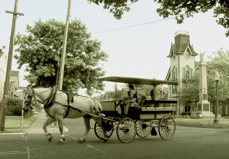 Carriage On Columbia Photograph