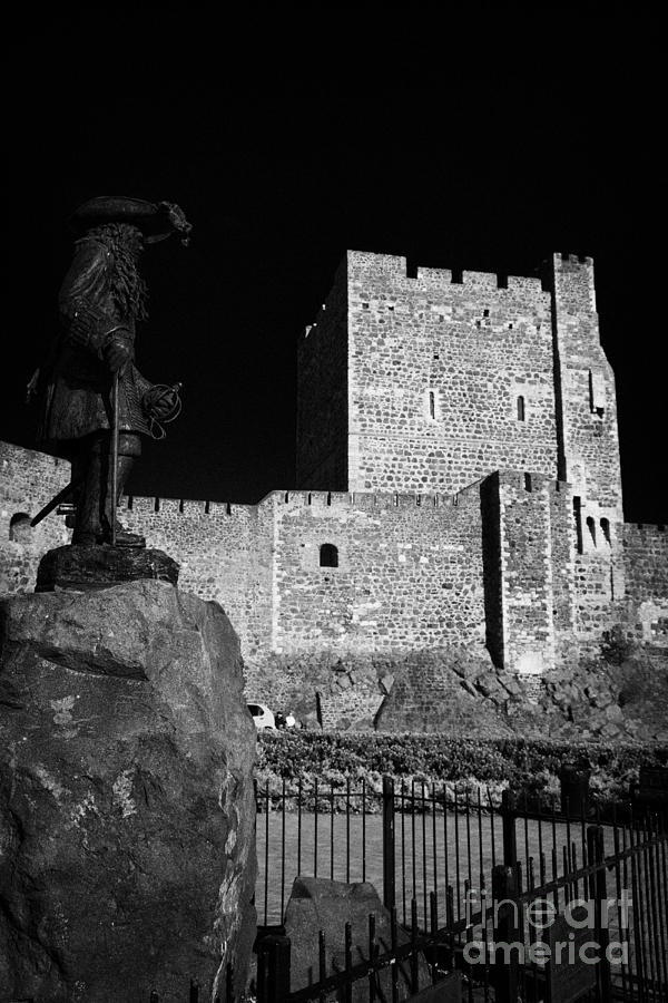 Carrickfergus Castle King Billy Statue Photograph  - Carrickfergus Castle King Billy Statue Fine Art Print
