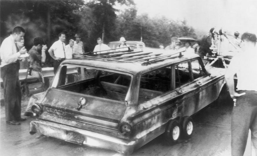 History Photograph - Charred Remains Of Station Wagon Driven by Everett