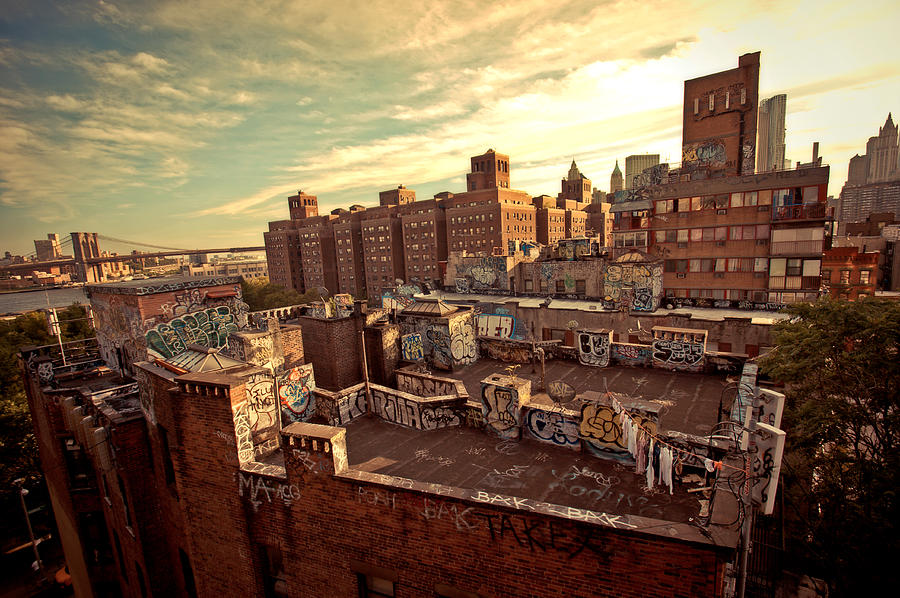Chinatown Rooftop Graffiti And The Brooklyn Bridge - New York City Photograph