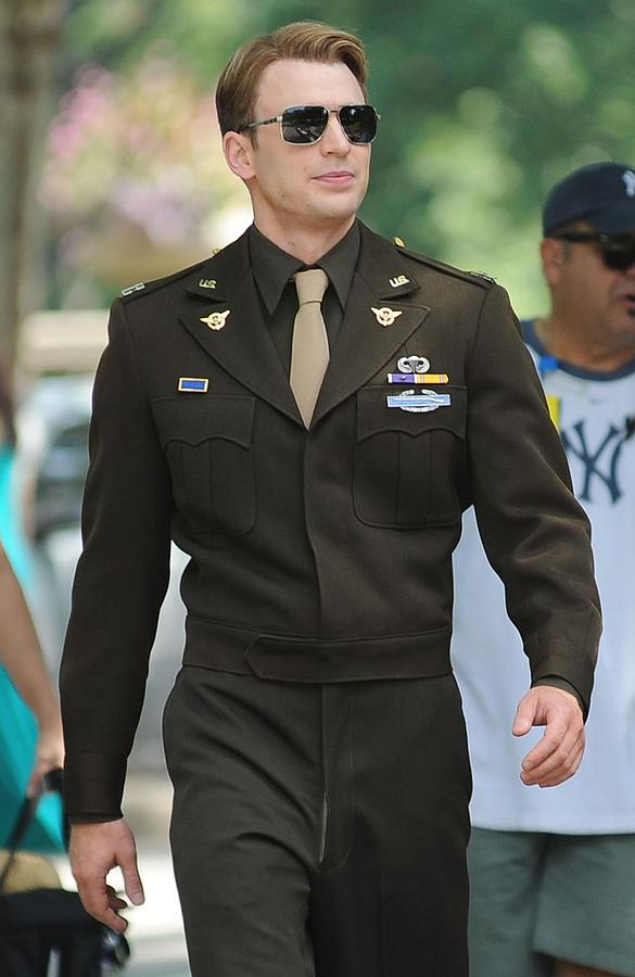 Chris Evans On Location For The Photograph