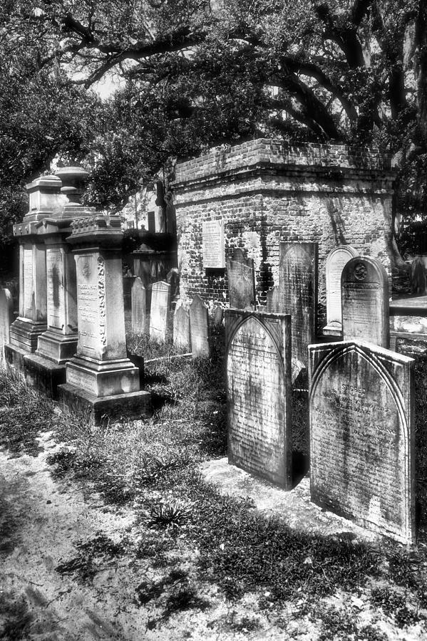Churchyard Of Old Charleston Photograph
