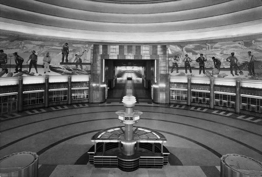 Cincinnati Union Terminal, Concourse Photograph