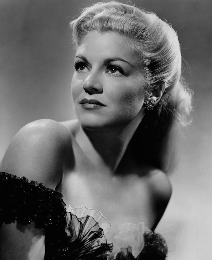 1940s Portraits Photograph - Claire Trevor, 1945 by Everett