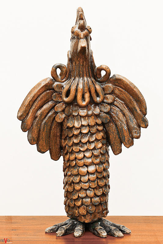 Cock Totem Bronze Gold Color Wings Beak Hair Eyes Scales Feathers Sculpture