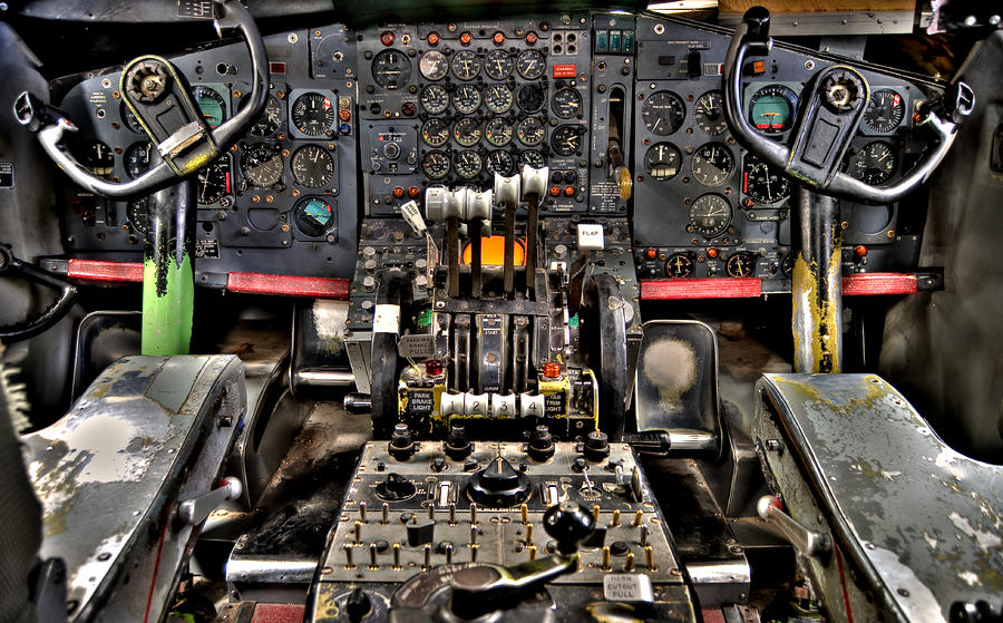 cockpit-controls-hdr-kevin-munro.jpg